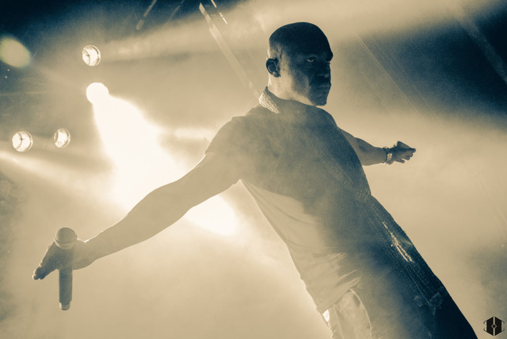 JP Manova sur scène © Hashka